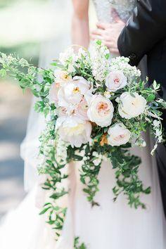 white bouquet   Cory & Jackie Wedding Photographers   Glamour & Grace