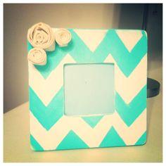 Tiffany blue chevron frame.