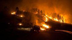 """""""Vollkommen außer Kontrolle"""": Flammenmeer tobt nun im Nordwesten Spaniens"""