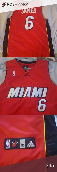 LeBron James Miami heat jersey Got a 8/10 Miami heat jersey Lebron James Stitched Adidas The sizing can be a M-L either one can fit . .the large would fit a tad more snug /perfect fit adidas Shirts