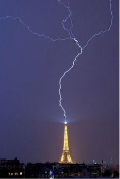 Epicness af Eiffel Tower