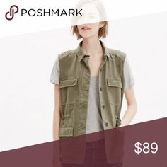 Madewell Cargo Vest Like new. Maybe worn once or twice Madewell Jackets & Coats Vests