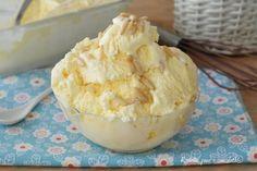 Il Gelato della nonna senza gelatiera e' un goloso gelato che si fa veloce a fare e non occorre la gelatiera oppure girarlo ogni mezz' ora