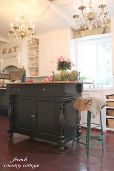 FRENCH COUNTRY COTTAGE: Creating Open Shelves in the Kitchen  Island
