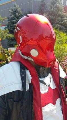 See through Arkham Knight Red Hood Helmet Arkham Knight, Batman Arkham, Oni Maske, Marvel Anime, Red Hood Helmet, Red Hood Cosplay, Custom Motorcycle Helmets, Bike Helmets, Red Hood Jason Todd