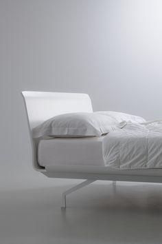 TELEMARK BED_iCarraro_WHITE_LACQUERED WHITE_DETAIL_2013 PITARI on http://www.lucianobertoncini.com