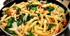 Recipe Chicken Pasta Florentine from Chef Mickey's at Disney's Contemporary Resort Chicken Pasta Recipes, Recipe Chicken, Chicken Florentine Pasta, Restaurant Recipes, Copycat Recipes, Pasta Salad, Food Dishes, Food Print, Cooking Recipes
