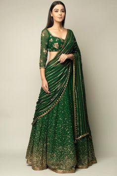 Indian Gowns Dresses, Indian Fashion Dresses, Indian Designer Outfits, Fashion Outfits, Fast Fashion, Women's Fashion, Half Saree Designs, Lehenga Designs, Lehnga Dress