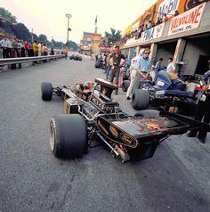 Emerson Fittipaldi (Lotus-ford) du Grand Prix d'Italie - Monza - 1972 Maserati, Ferrari, Lamborghini, F1 Racing, Road Racing, Racing Team, Emerson, Renault R5, F1 Lotus