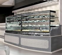 Refrigerated counter display case / for pastry shops / for bakeries