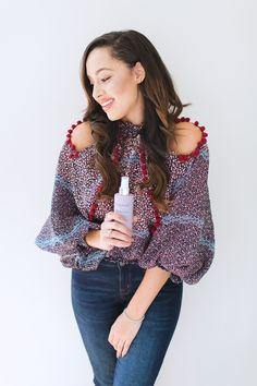 My hair was in desperate need of some hair-apy so I turned to Living Proof. Their Restore Perfecting Spray acts as a health shot to continuously restore strands, and provide time-released conditioning helping you to reveal #YourBestHair. #ad
