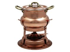 Serve up fondue in this luxurious copper fondue pot suitable for all varieties of cheeses or chocolate. Get really creative and simmer a meat Bourguignonne that's ready to serve and wow your guests. The flame is fueled by alcohol gel.