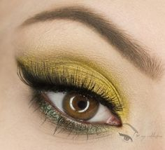 Gold and green #eye #makeup #eyes #eyeshadow #bold #bright #dramatic