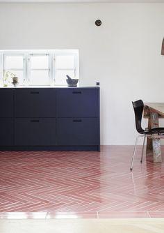 File Under Pop, tile, herringbone, salmon, pink, coral, floor, colour, kitchen, black