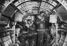 B-17 Waist Gunners
