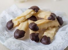 Gluten free shortbread cookies dipped in chocolate! How to Make Gluten Free Shortbread Cookies My Gluten Free Shortbread Cookies, Almond Butter Cookies, Gluten Free Chocolate, Chocolate Recipes, Cinnamon Roll Cupcakes, Dairy Free Margarine, Chocolate Dipped Cookies, Dairy Free Recipes, Gf Recipes