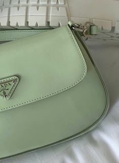 Mint Green Aesthetic, Aesthetic Colors, Aesthetic Vintage, Aesthetic Pictures, Aesthetic Style, Beige Aesthetic, Aesthetic Fashion, Green Theme, Green Colors