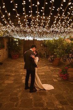Intimate Tuscan Wedding at WP Relais Castiglione Dorcia Siena Outdoor Reception Fairy Light Decor Cargie Threads Gowns The Springles Photography Outdoor Fairy Lights, Fairy Lights Wedding, Wedding String Lights, Outdoor Wedding Lights, Wedding Lighting Indoor, Lighting For Weddings, Small Outdoor Weddings, Wedding With Lights, Small Wedding Decor