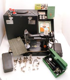 Singer Featherweight Sewing Machine 1940s 2211 by SarahAnntiques, $700.00