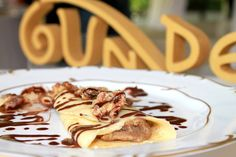 We would like to commemorate Gundel achievements with the story and recipe of the delicious Gundel pancake from Budapest, Hungary.