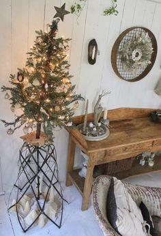 52 FLEA: Paula's Cozy Christmas Cottage 2013 - Part 1
