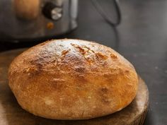 Get Crock Pot Bread (Fast Bread in a Slow Cooker) Recipe from Cooking Channel Pain Thermomix, Robot Thermomix, Crock Pot Bread, Thing 1, Food Containers, Food Grade, Slow Cooker Recipes, Crockpot Recipes, Oven