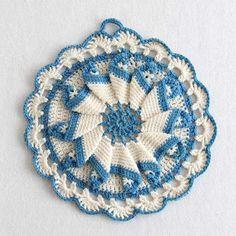 Vintage Blues Potholder Crochet Pattern ༺✿Teresa Restegui http://www.pinterest.com/teretegui/✿༻