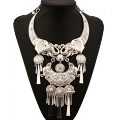Gorgeous Carving Elephant Tassel Solid Color Necklace For Women