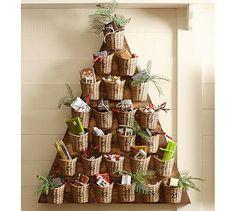 Remplacer les contenants par des gobelets décorés en reines de Noël par ex