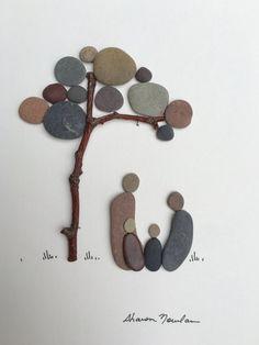 Sharon Nowlan Kiesel Kunst Familie von vier 8 von 15 von PebbleArt Mehr