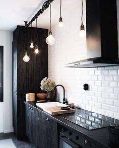 """240 curtidas, 2 comentários - Decoração Masculina (@decoracaomasculina) no Instagram: """"Cozinha extraordinária!  @pinterest #arquitetura #decor #decoracao #decoração #decoraçãomasculina…"""""""