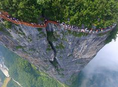Terrifying 4,600ft Glass Walkway Opens In China, And Just Looking At The Pics…