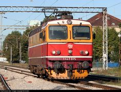 Net Photo: 1142 015 HŽ - Hrvatske željeznice 1142 at Zagreb, Croatia by blinder Rail Transport, Croatia, Transportation, Electric, Trains