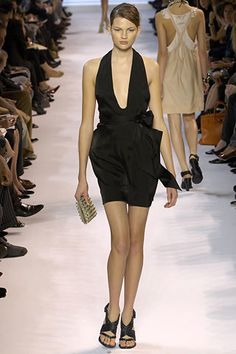 Stella McCartney Spring 2007 Ready-to-Wear Fashion Show - Angela Lindvall
