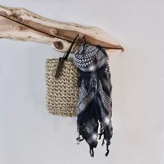 Just listed! This lightweight super stretchy reusable shopping tote that's handmade from eco friendly sustainable 100% natural sisal twine. The bag is designed to stretch to almost twice its own size and can easily carry 2Kg of produce.