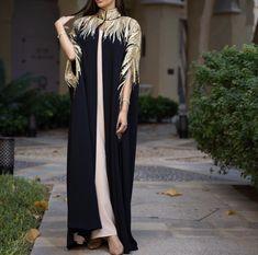 Pakistani Fashion Casual, Modern Hijab Fashion, Abaya Fashion, Muslim Fashion, Fashion Dresses, Kurti Designs Party Wear, Abaya Designs, Morrocan Dress, Hijab Style Tutorial