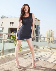 Evelyn Sharma Hot Pictures
