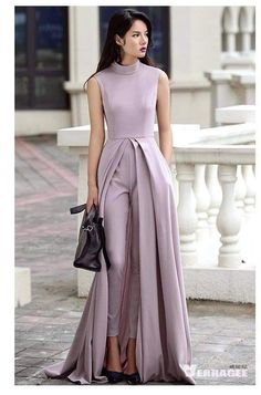 The perfect formal set . Satin faired pleated kurta with pants Look Fashion, Hijab Fashion, Fashion Dresses, Evening Dresses, Prom Dresses, Formal Dresses, Wedding Dresses, Trendy Dresses, Wedding Jumpsuit
