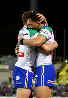 Jordan Rapana Photos - Jordan Rapana of the Raiders is congratulated after scoring during the round 25 NRL match between the Canberra Raiders and the Newcastle Knights at GIO Stadium on August 2017 in Canberra, Australia. - NRL Rd 25 - Raiders v Knights Rugby Sport, Rugby Men, Rugby Jersey Design, Soccer Guys, Baseball Guys, Hot Army Men, Hot Rugby Players, Sports Mix, World Rugby