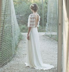 Wedding dress by Donatelle Godart // Robes de mariée Donatelle Godart 2017
