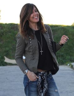 I am so in love with the military style jackets! Chaqueta Militar Mujer 987b32ec3c80