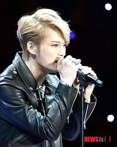 JJ Performing at The Blue House For Arirang Concert 131027>>>ALWAYS