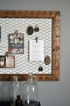 Best DIY Ideas With Chicken Wire - DIY Office Memo Board - Rustic Farmhouse Decor Tutorials With Chickenwire and Easy Vintage Shabby Chic Home Decor for Kitchen Living Room and Bathroom - Creative Country Crafts Furniture Patio Decor and Rustic Wall Art a Vintage Farmhouse Decor, Country Farmhouse Decor, Vintage Shabby Chic, Shabby Chic Homes, Country Crafts, Farmhouse Style, Vintage Decor, Farmhouse Ideas, Farmhouse Office