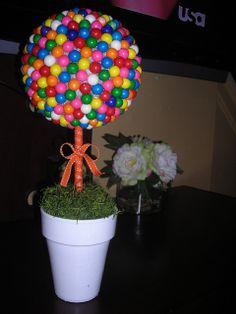 Bubblegum Topiary Tree by UrbanMagnolia, via Flickr