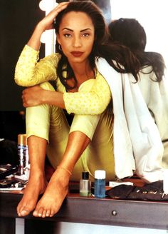 """[IMG] """"The difference between Madonna and me is that she really seems to want to be incredibly famous and rich and I dont.""""-Sade """"One of the few. Sade Adu, Quiet Storm, Toni Braxton, Tina Turner, Easy Listening, Diana Ross, Janet Jackson, Amy Winehouse, Beautiful Black Women"""
