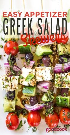 A perfect simple appetizer or light no-bake dinner, these easy Greek Salad Skewers taste just like summer! Greek Appetizers, Skewer Appetizers, Appetizers For Party, Appetizer Recipes, Simple Appetizers, Party Snacks, Yummy Appetizers, Light Summer Appetizers, Camping Appetizers