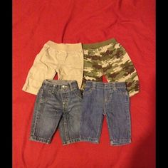 Baby boy 2 skinny blue jeans - 1 camouflage pant -1 khaki pants -5 onesies like Polo SIZE NB / 0-3 m.                   CARTER'S Other