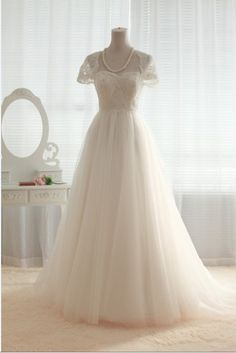 Vintage Lace Tulle Wedding Dress Bridal Gown Cap Sleeves Sweetheart Tulle Ball Gown Dress $229.00, via Etsy.