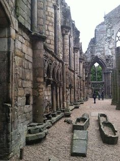The ruins of Holyrood Abbey, Edinburgh, Scotland; wonderful place to visit. I loved Edinburgh! Oh The Places You'll Go, Places To Travel, Places To Visit, Reisen In Europa, Scotland Travel, Scotland Trip, Scotland History, Destination Voyage, England And Scotland