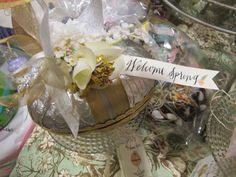 Aimee Ferre foil egg surprise boxes